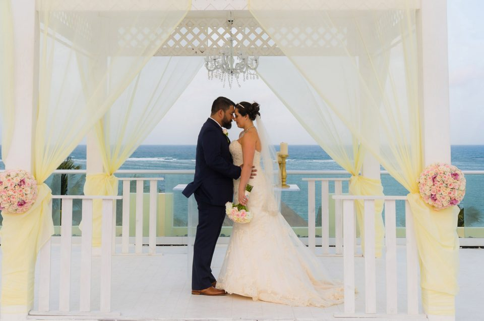 Azul Beach Resort Wedding, Riviera Maya | Hilda & Rudy