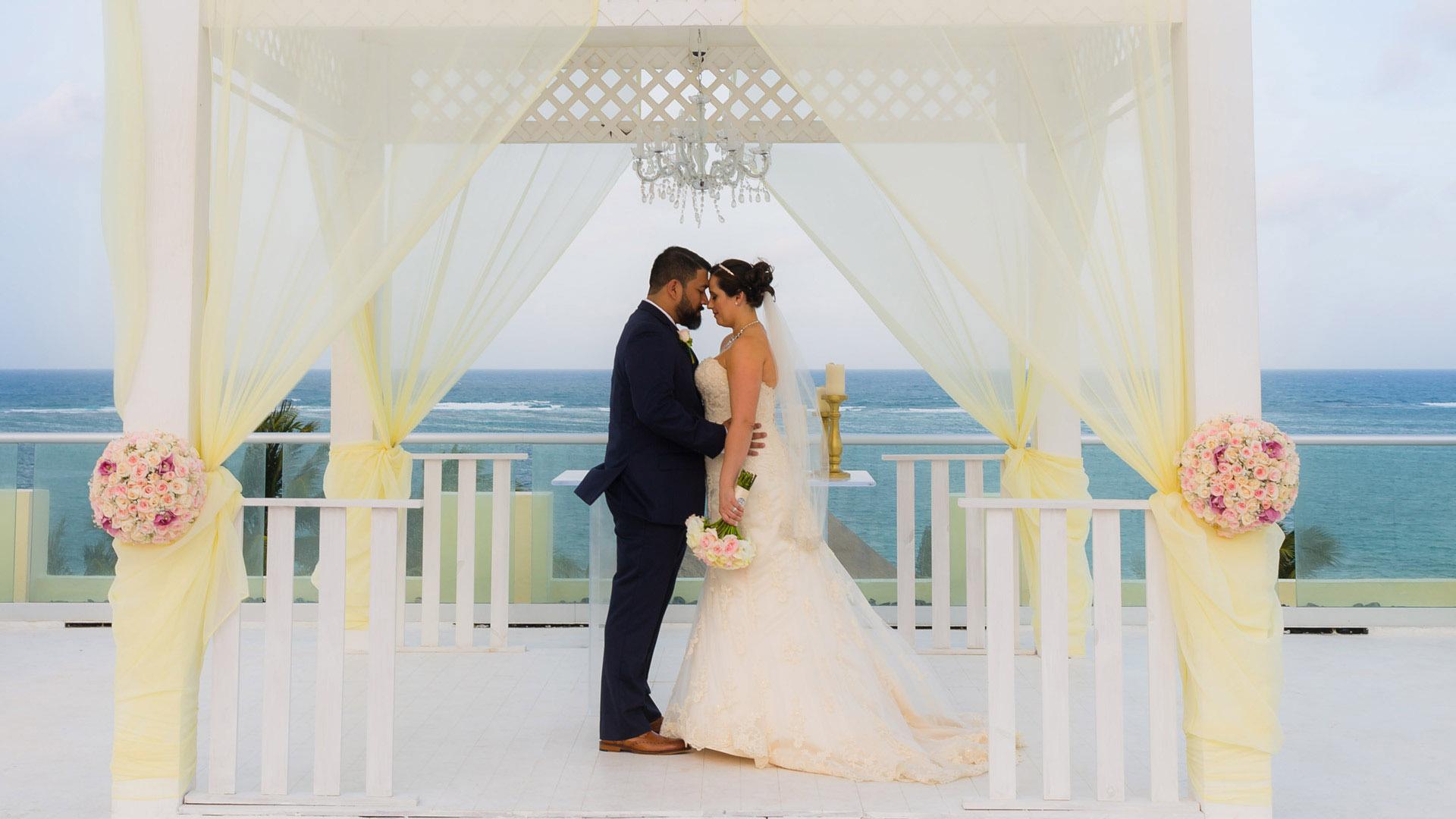 Azul Beach Resort Wedding Riviera Maya Hilda Rudy