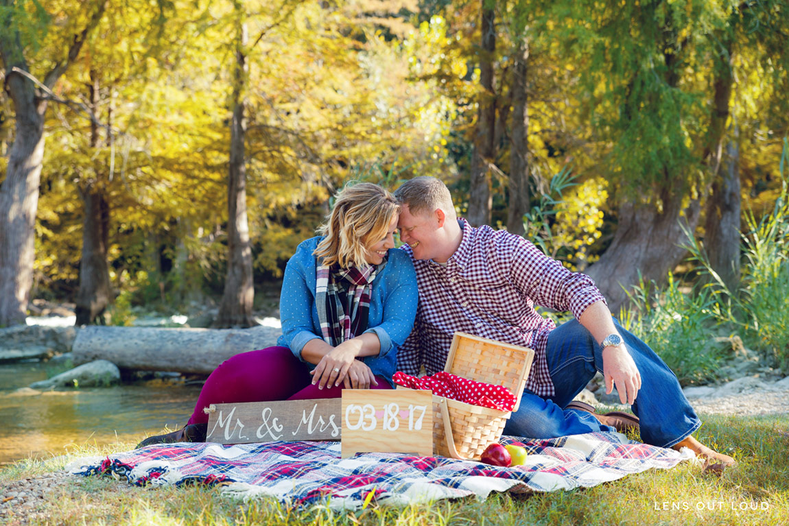 Gruene Texas Engagement Session