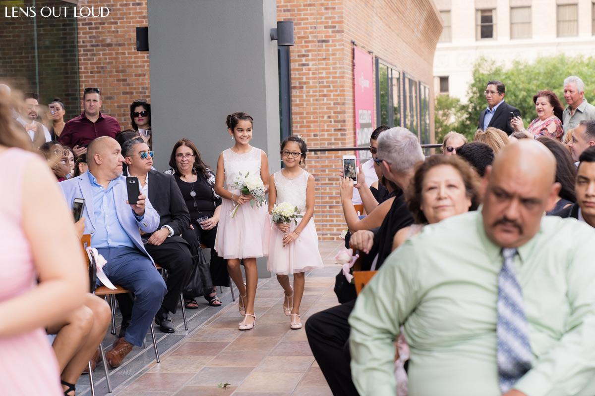 la orilla del rio ballroom wedding
